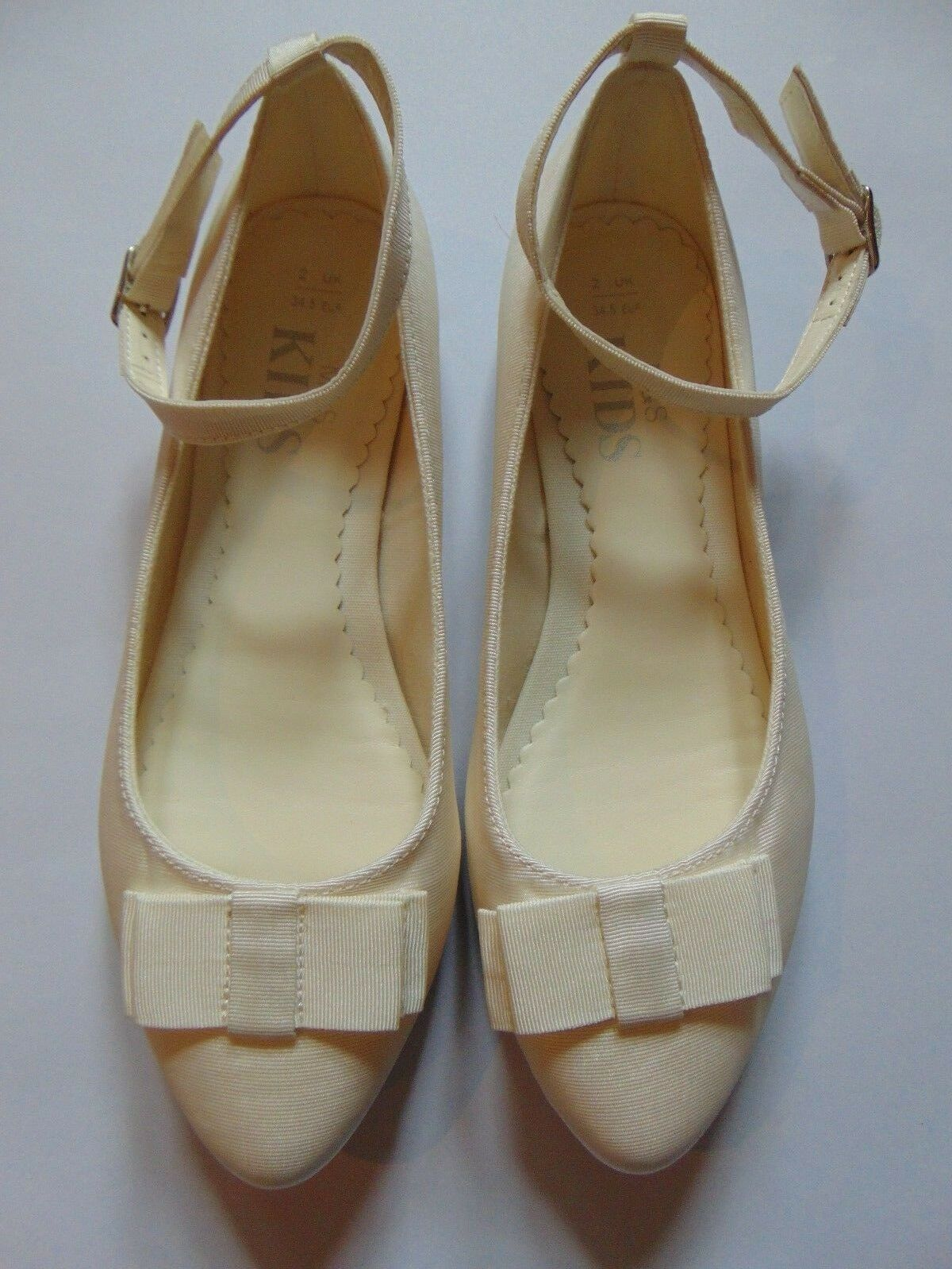 M&S Girls Ivory Bridesmaid Flat Shoes W/Ankle Strap & Bow UK13, 1, 2, 3