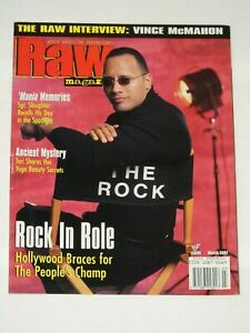WWE-MAGAZINE-RAW-MARCH-2001-WRESTLING-THE-ROCK-COVER-WWF