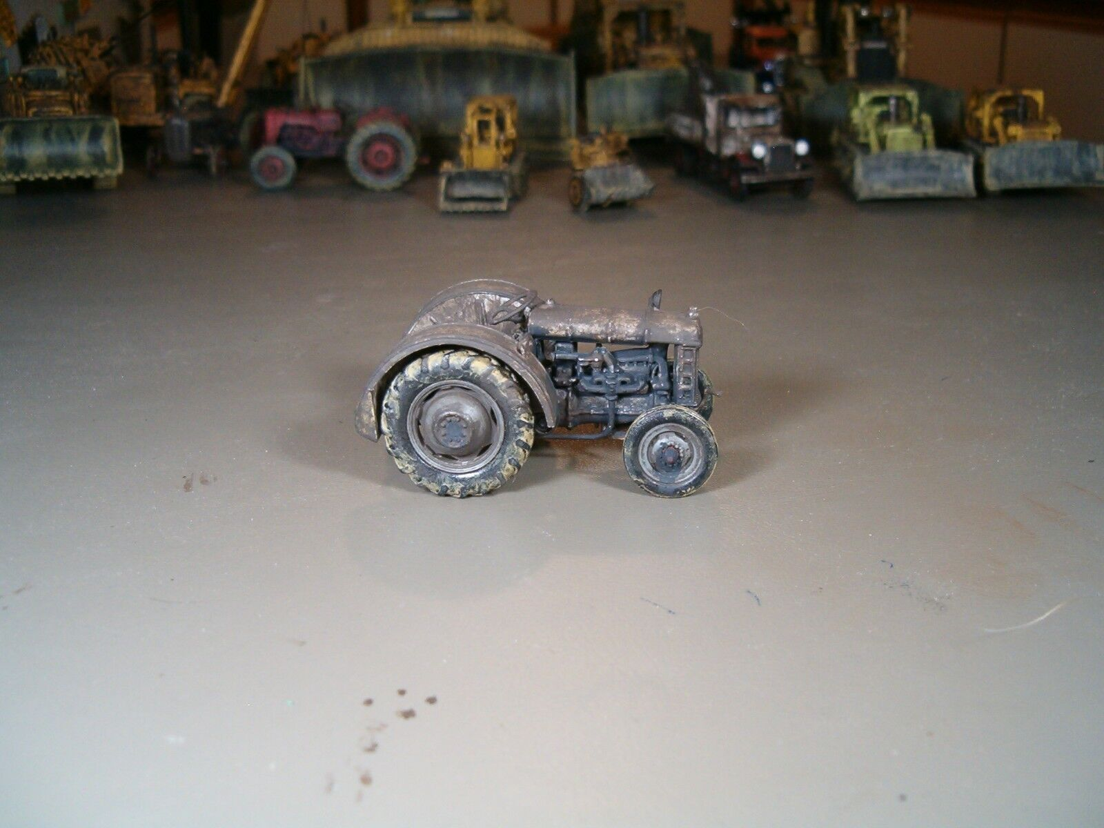 RARE Fordson Tractor Weathered ON30 On3 O27 O Scale 1 43 Narrow Gage 2 High Rail