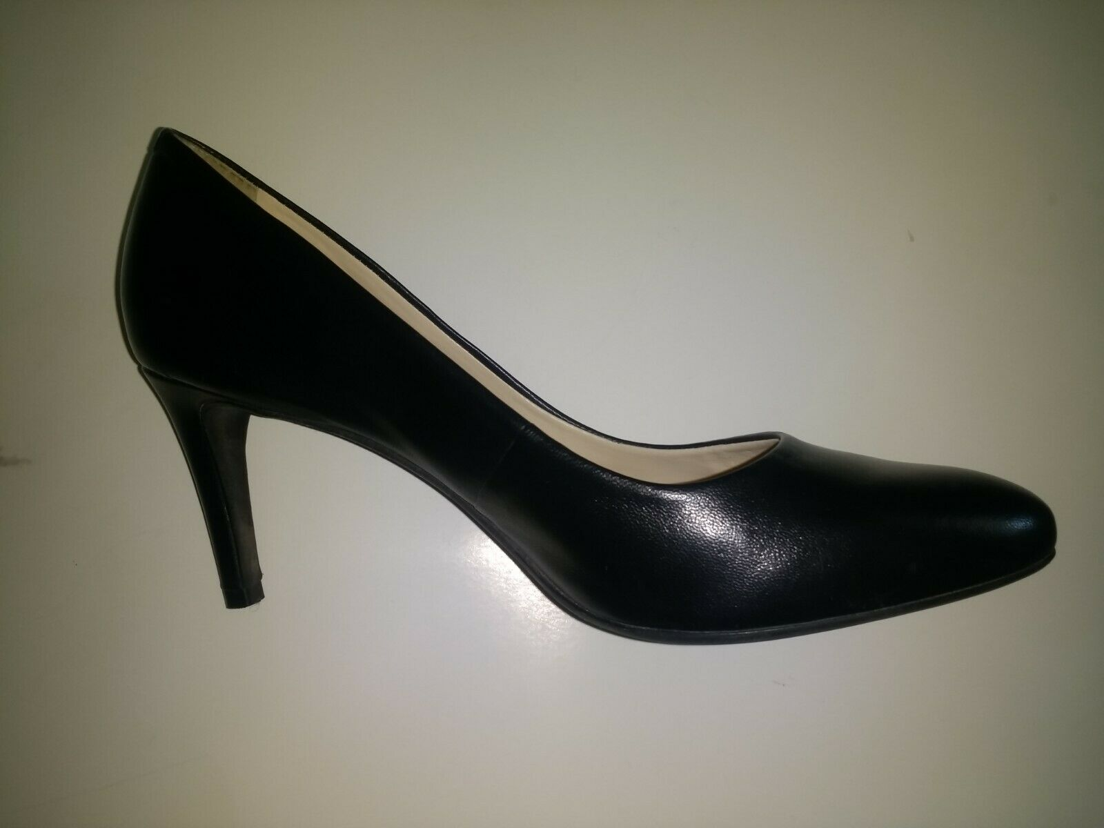 Alex Marie Women's Black Leather Closed Toe Pumps Shoes Stiletto Heels US 10 M