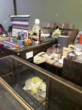 10 Jewelry Store Display Cases In Drk Walnut And Glass Lightedlocked