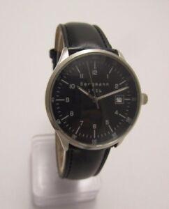 Bergmann-1956-Rund-Herren-Quarz-Uhr-3-ATM-Lederband-Schwarz-Neu