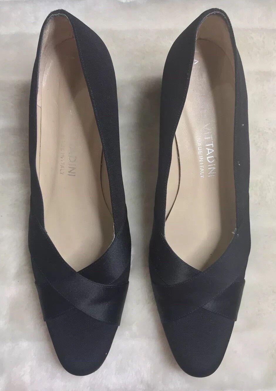 Adrienne Vittadini classic and stylish schwarz schwarz schwarz fabric pumps dd0bff
