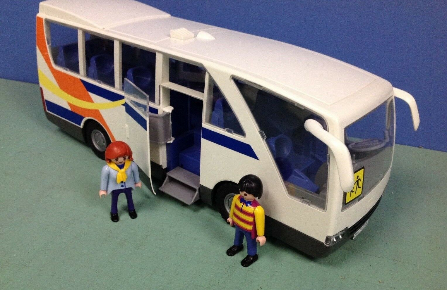 (K137) playmobil bus scolaire ref 5106