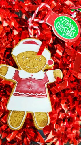 Personalised Gingerbread Girl Scented Christmas Decoration Free P /&P