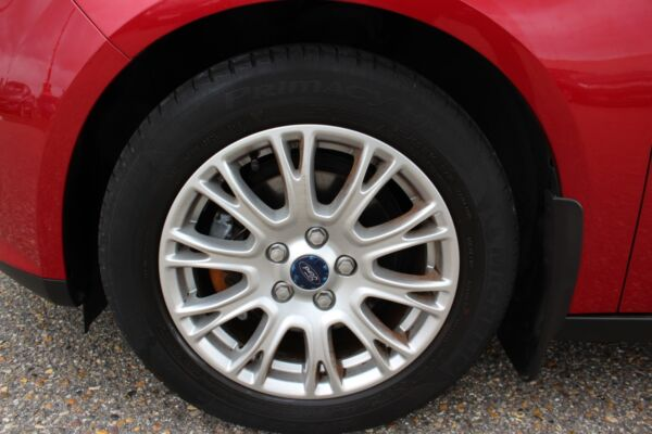 Ford Focus 1,6 Ti-VCT 105 Trend billede 4