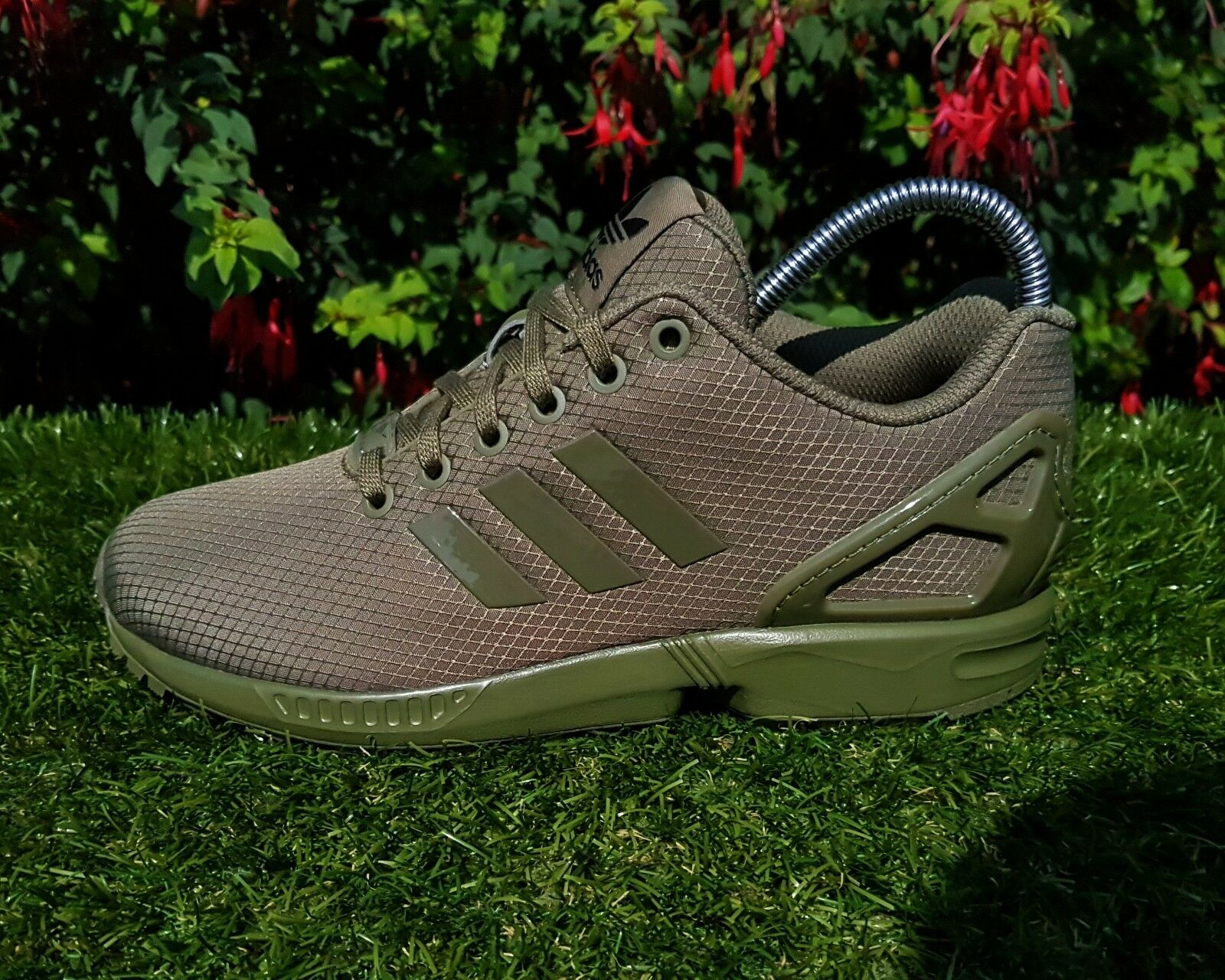 BNWB Genuine Adidas Originals ZX Flux ® Ripstop Olive 10 Cargo Trainers UK Size 10 Olive 698a6b