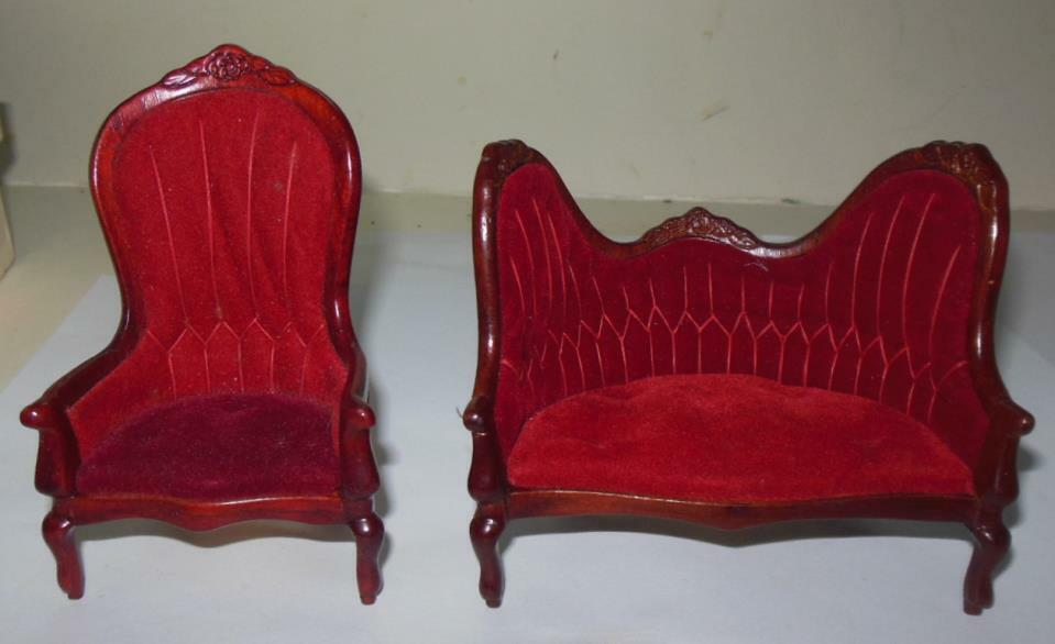 2 PIECE VICTORIAN LIVING ROOM CONCORD MUSEUM  DOLLHOUSE FURNITURE MINIATURES