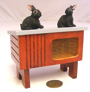 1-12-Scale-Wooden-Hutch-With-Two-Rabbits-Dolls-House-Miniature-Pet-Accessory