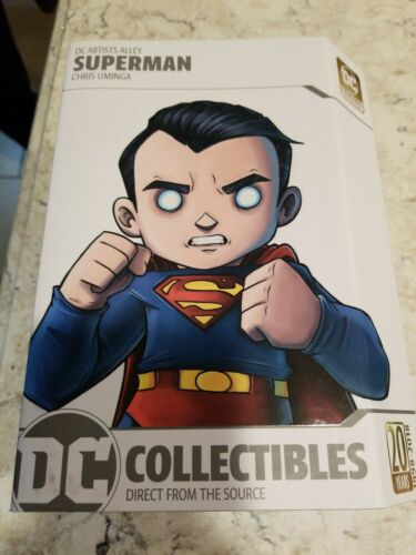 DC Comics Artist Alley ~ SUPERMAN STATUE by CHRIS UMINGA ~ DC Collectibles.