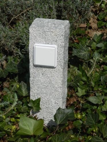 Außensteckdose Strom im Garten Naturstein gestockt Granit Gartensteckdose