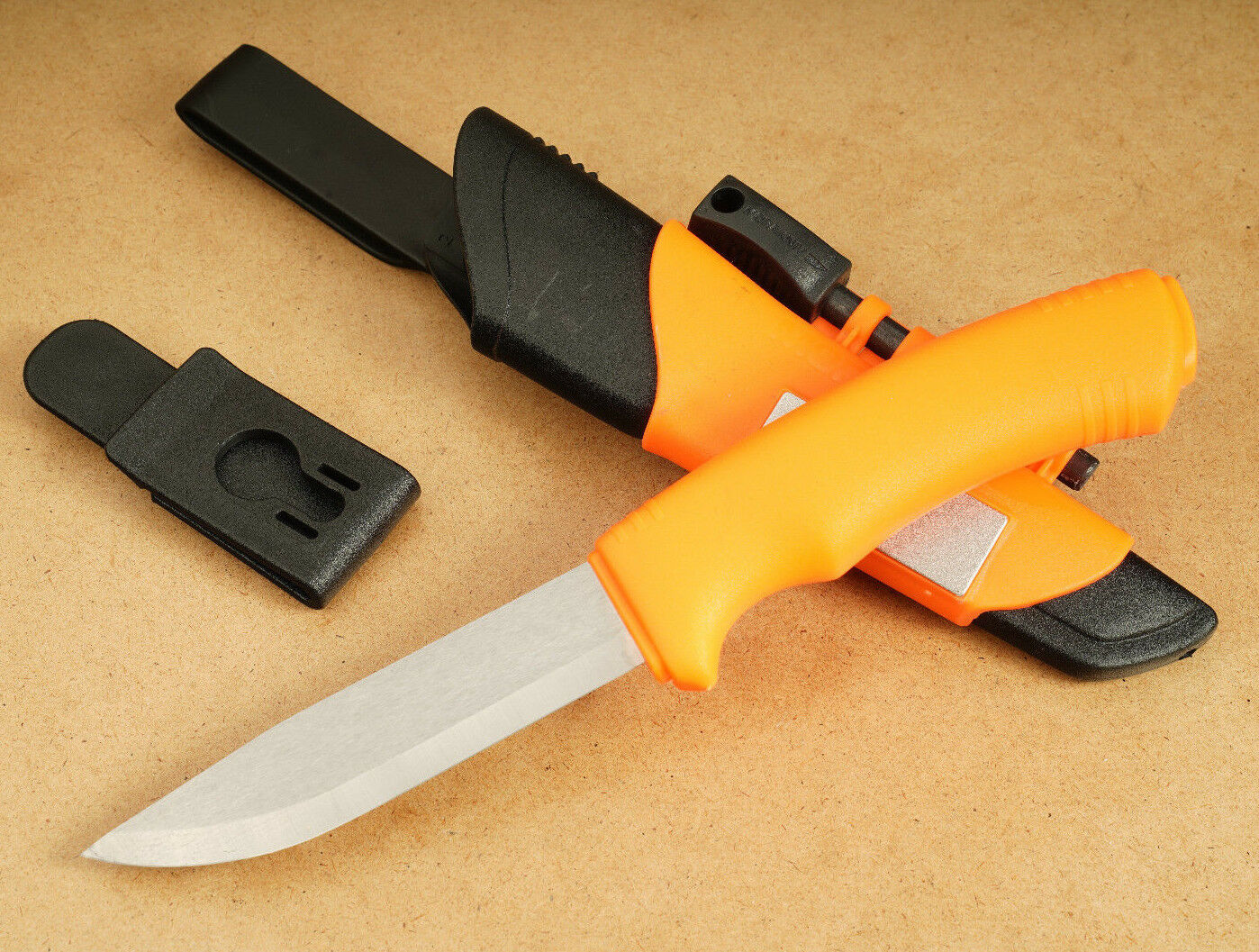Morakniv Bushcraft Survival neon Orange Jagdmesser Outdoormesser Survival R60  | Lebensecht