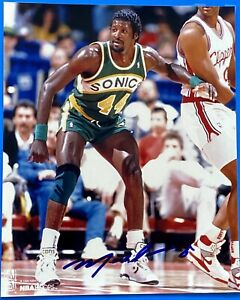 MICHAEL CAGE 1994 SIGNED 8x10 SEATTLE SUPERSONICS 1-OWNER PRISTINE