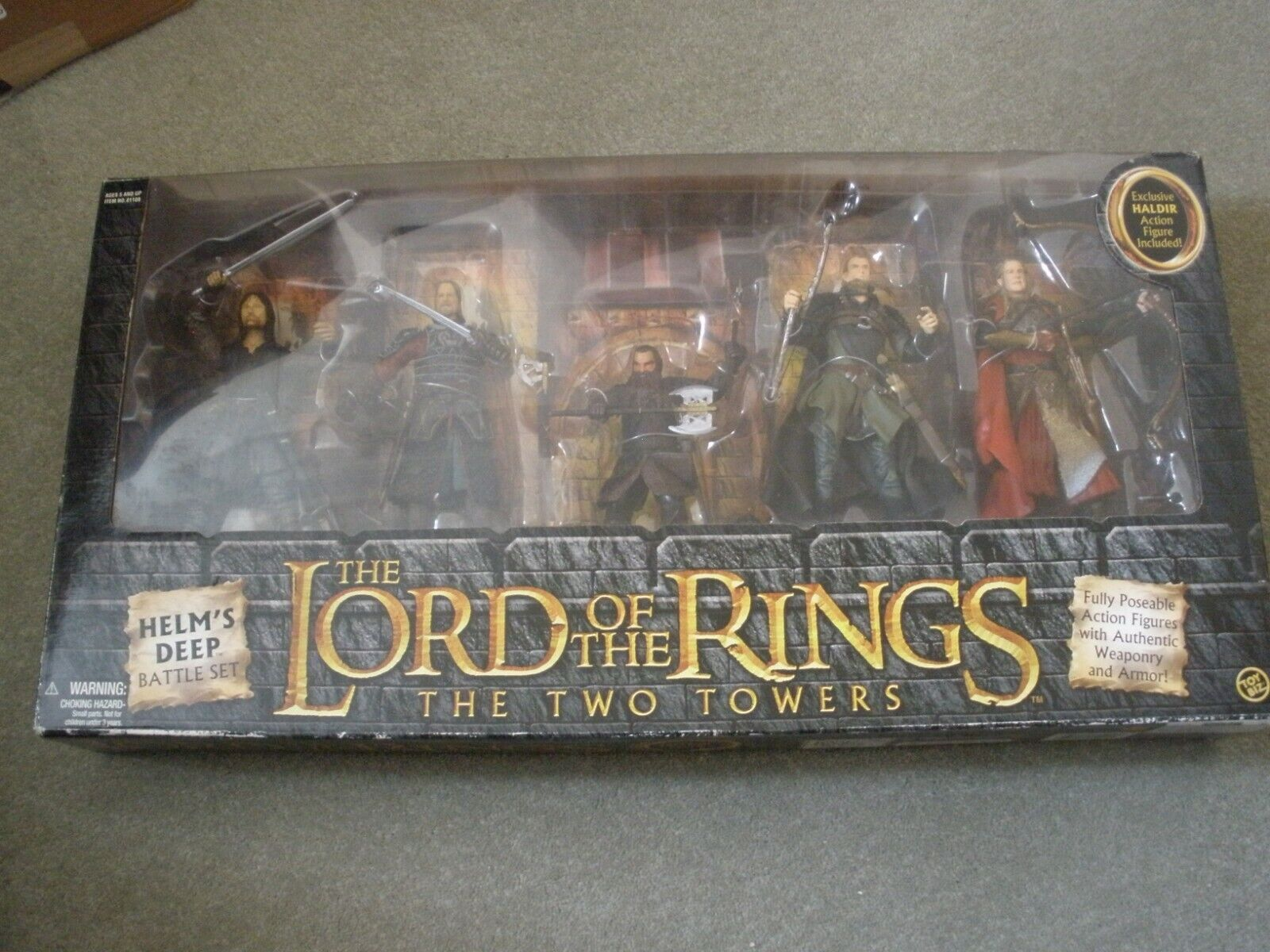 LORD OF THE RINGS - THE TWO TOWERS  HELM'S DEEP BATTLE SET - FIVE FIGURES