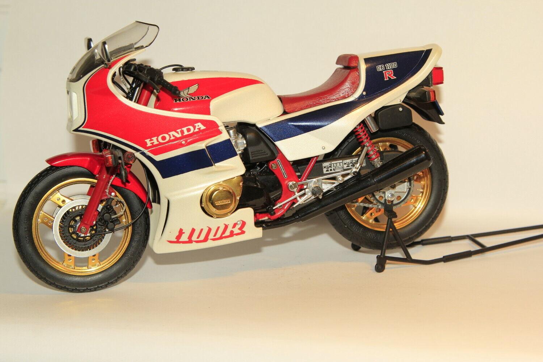Wit's Milestone,1 12th scale, Honda CB1100R, rot Pearl Blau, Boxed, (No.BH121)