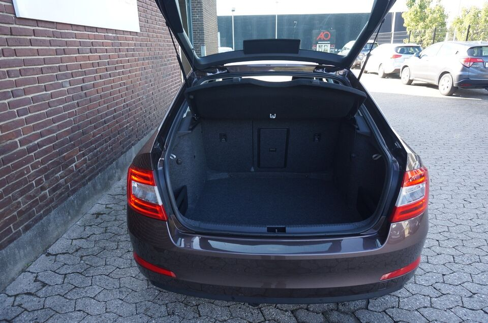 Skoda Octavia 1,8 TSi 180 Elegance DSG Benzin aut.