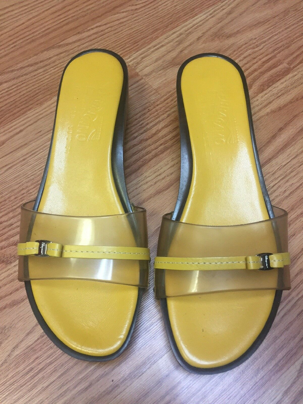 Salvatore Salvatore Salvatore Ferragamo Slip ON Sandals shoes Women Size 9.5B Yellow df2c2c