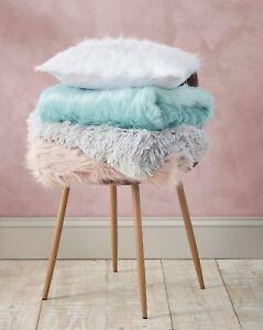 Catherine-Lansfield-Luxury-Metallic-Faux-Fur-throw