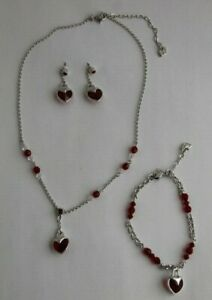 Swarovski-Red-and-Clear-Crystal-Heart-Pendant-Necklace-Bracelet-and-Earring-Set
