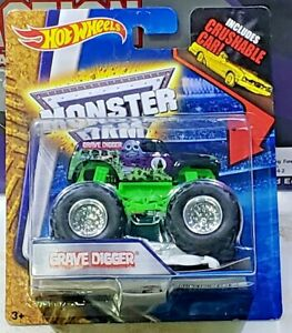 Hot-Wheels-Monster-Jam-Grave-Digger-Chrome-Wheels-with-Crushable-Car-1-64