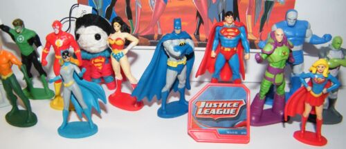DC Doll DC Ring Great Fun! Justice League  Party Favors Set of 14 with Figures