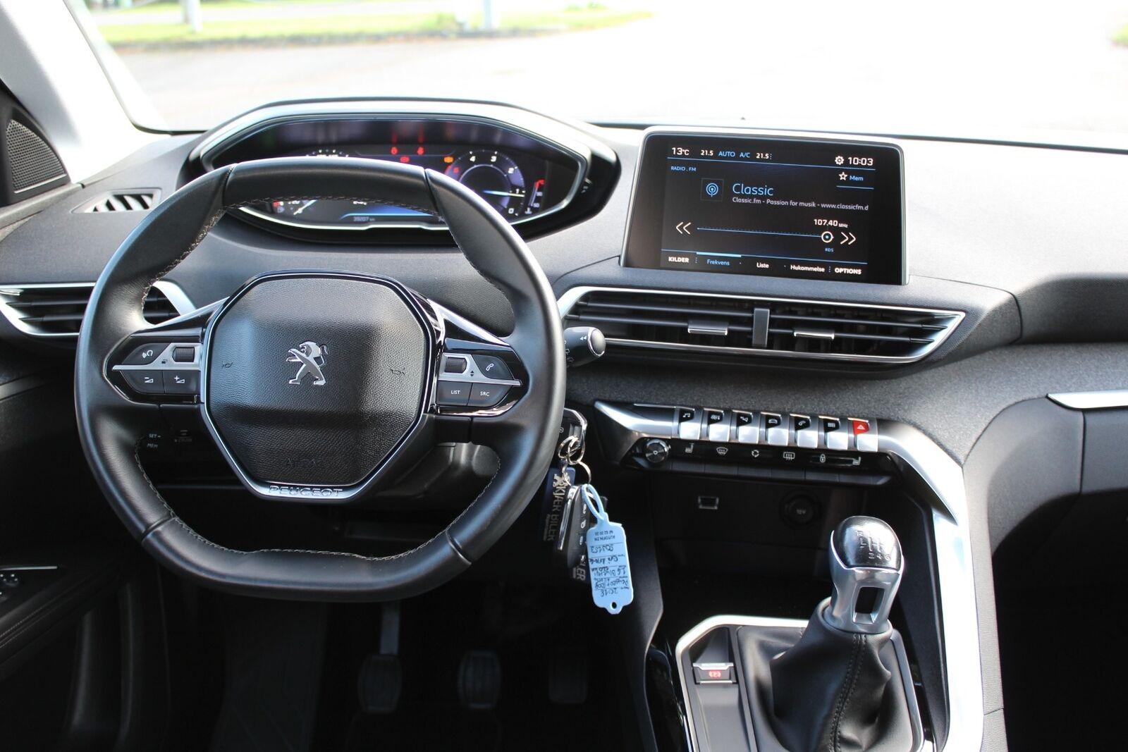 Peugeot 5008 2018