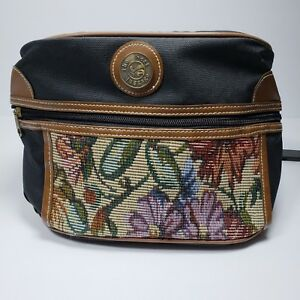 The-Best-Luggage-Cosmetic-Bag-Tapestry-Design