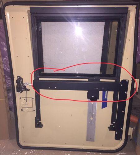 LF REMOTE DOOR LATCH ROD GUIDE MILITARY HUMVEE M998 HMMWV