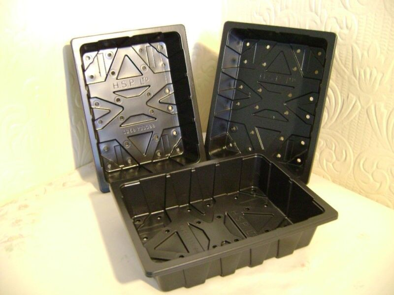 20 X HALF SIZE PLASTIC QUALITY SEED TRAYS with holes EXCELLENT VALUE