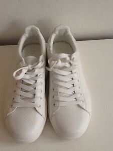 Womens-New-Look-White-Trainers-Pumps-Size-7-Never-Worn