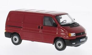 "VW T4 Transporter ""Dark Red"" (Premium Classixxs 1:43 / 13201)"