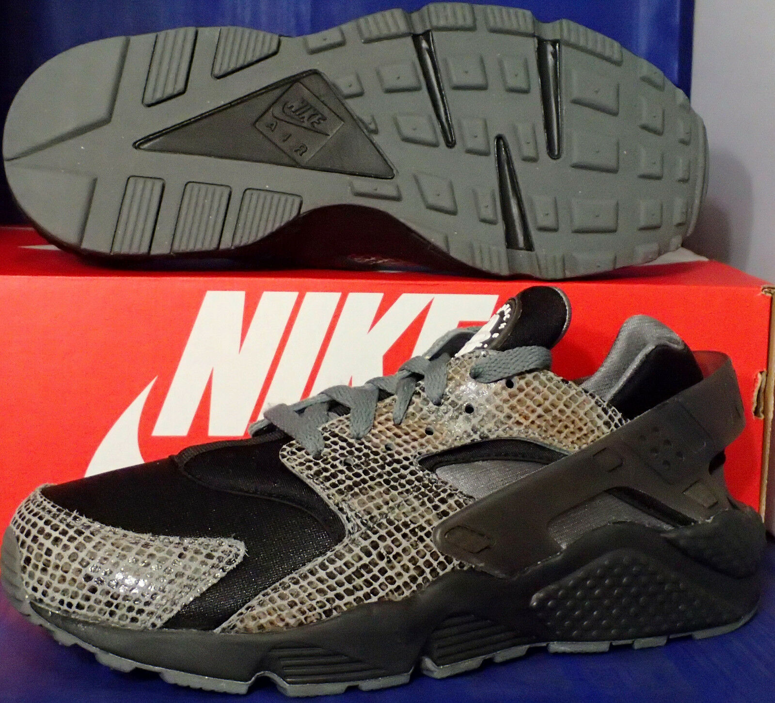 Nike Air Huarache Run iD iD iD Snake Print Cool Grey Black SZ 9.5 ( 777330-993 ) 5de0bc