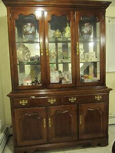 Image Is Loading Thomasville Queen Anne Style Hutch China Cabinet
