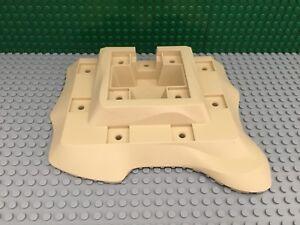 LEGO-Tan-Raised-baseplate-18x22-Loot-Island-Pirate-64649-From-set-6241-Platform