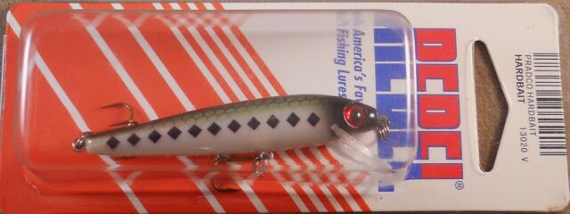 4 1//2 in Rebel Floater Minnow Shallow Diving 7//16 oz Bass Trout Fishing Lure