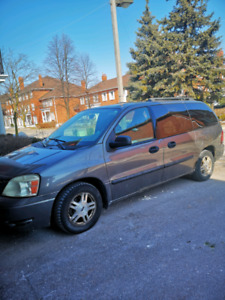 2005 Ford Minivan for Very Low Price