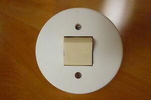 alter runder weisser Schalter Lichtschalter Kunststoff Unterputz ...