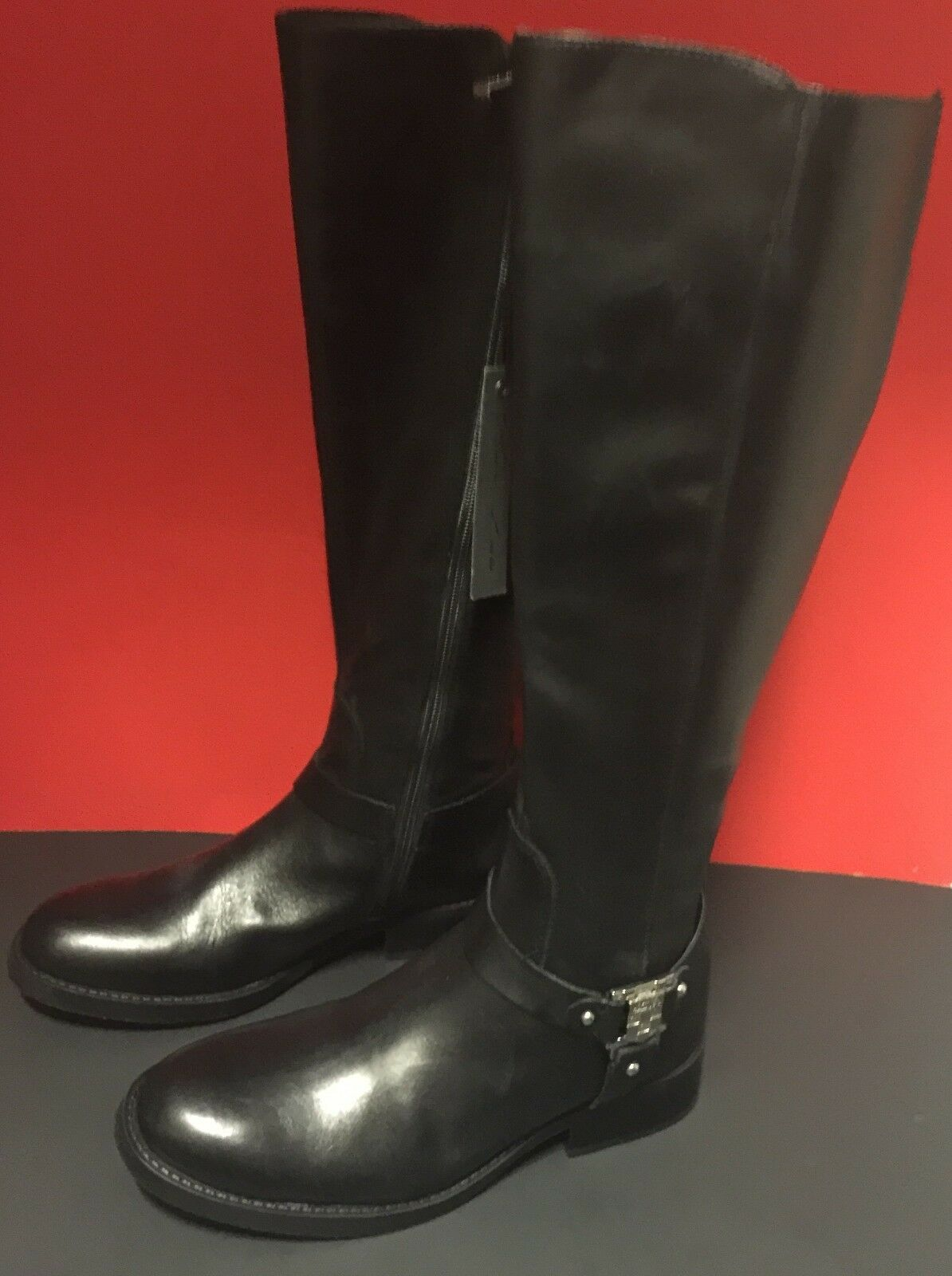VINCE CAMUTO WOMENS SMOOTH CALF WIDE  BOOT ( New )