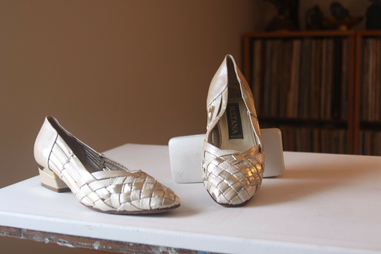 Kurt Geiger Sultana Nude Gold Woven Leather Leather Leather 1 1 4 Inch Heel Pumps Größe 37 b8c483