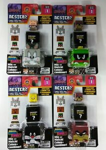 4-LOT-Looney-Tunes-Nester-2-Toys-action-figures-Brand-new-in-unopened-boxes