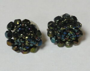 """Vintage Deco Iridescent Green Seed Bead Button 7/8"""" Round Screw-Back Earrings"""