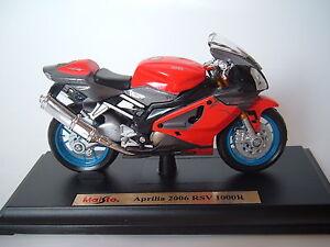 APRILIA RSV 1000R Modell 2006 Motorrad-Modell 1:18 NEU/OVP - RSV1000R - 1000 R