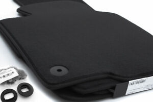 NEU-Fussmatten-passend-fuer-VW-Golf-5-6-Velours-Autoteppich-Zubehoer-4x-schwarz