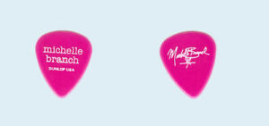 Michelle-Branch-2002-Spirit-Room-tour-White-on-Pink-Pop-logo-Guitar-Pick-Pic