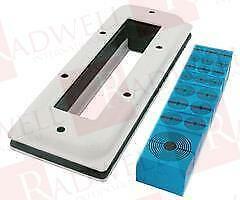 NEW NO BOX ROXTEC CKT0008020010 CKT0008020010