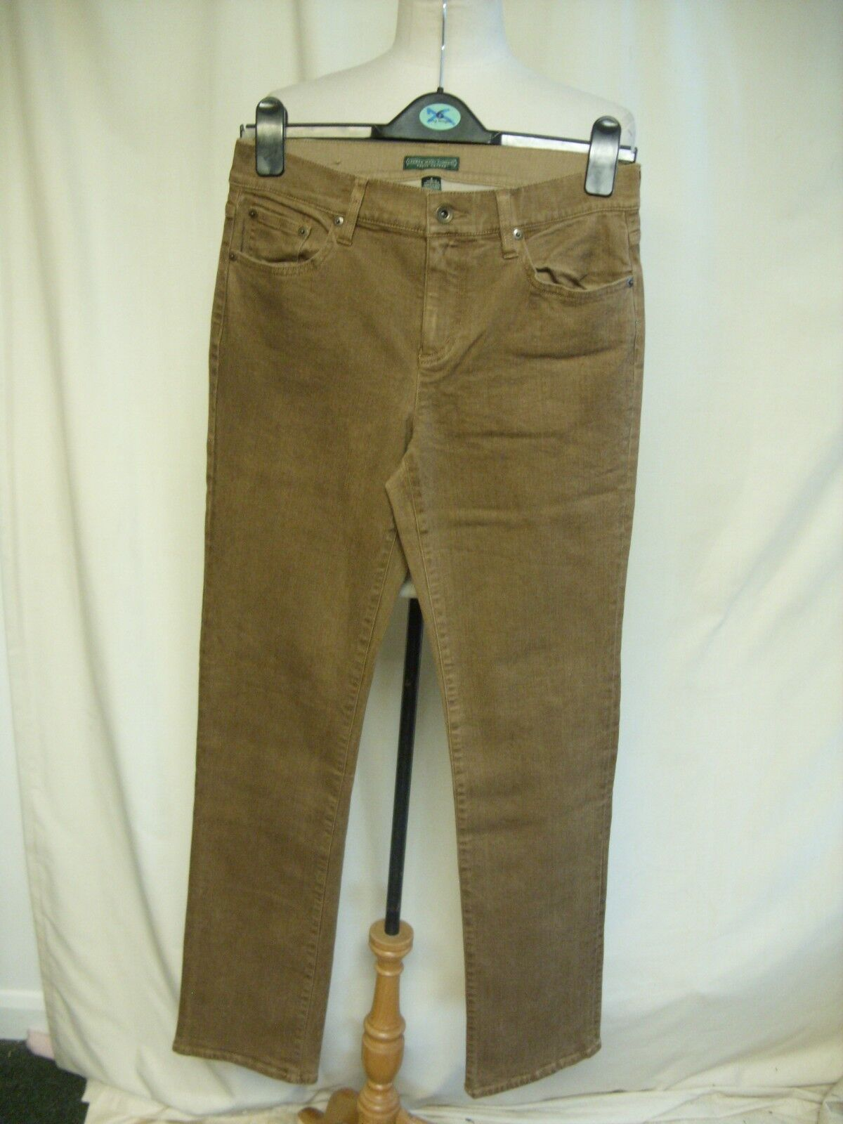 Ladies Trousers Lauren Jeans Company brown cotton, waist 30  ins.leg 32  7044