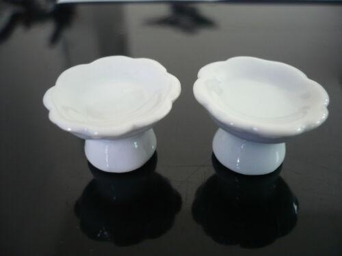2 Mini White Stand Cake//Bakery Handmade Dollhouse Miniatures Ceramic