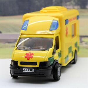 PERSONALISED-PLATE-GIFT-Boys-Toy-18cm-Yellow-Ambulance-Lights-Siren-Box-Present