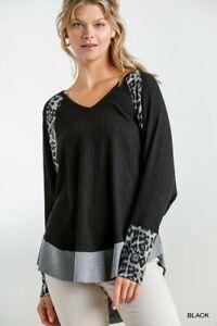 Umgee-Black-Animal-Print-Long-Sleeve-V-Neck-Waffle-Knit-Tunic-Top