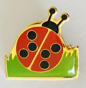 Lady-Beetle-Ladybird-Bug-Animal-Pin-Badge-Vintage-N3